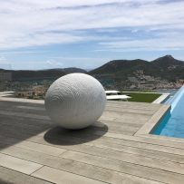 The Egg in Carrara marble, 800 kg, installed June 2017
